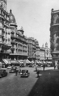 1950.Gran Via. Red de San Luis
