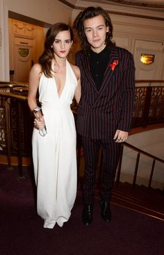 Emma Watson and Harry Styles graced us with this amazing photo of themselves standing together last night. The Internet Has A Lot Of Feelings About Emma Watson And Harry Styles Styles Harry, Harry Edward Styles, Cara Delevingne, Hermione Granger, One Direction, Kendall Jenner, Fangirl, British Fashion Awards, Style And Grace