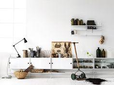 Stringhylla, detta exempel funkar som tvbänk, Hyllsystem | String | Länna Möbler | Handla online