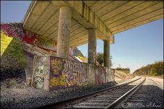 Graffiti on trains | Train Tracks & Graffiti - HDR Photo | HDR Creme