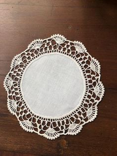 Two Vintage Linen and Woven Lace Shabby Chic Doilies, in Diameter – diy kitchen decor on a budget Filet Crochet, Diy Kitchen Decor, Crochet Kitchen, Linens And Lace, Farmhouse Style Decorating, Hand Embroidery Designs, Shabby Chic Homes, Muted Colors, Diy On A Budget