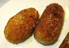 Chicken Croquettes // this is seriously melt in your mouth chicken // special occasion meal // date night recipe Chicken Croquettes, Croquettes Recipe, Chicken Specials, Date Night Recipes, Baked Ziti, Good Enough To Eat, Main Dishes, Chicken Recipes, Favorite Recipes