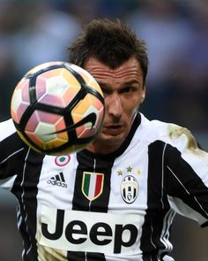 Mario Mandzukic of Juventus FC in actionduring the Serie A match between FC…