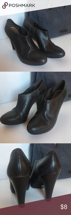 Matisse Brown Ankle Boots - Sz 6.5 Beautiful chocolate brown ankle boots by Matisse.  These have been loved 😍.  Just haven'tmade rotation these last few years. Platform makes 4.5 inch heel very comfy.  Not marks on heel and toe, nothing done intentional care with polish can't fix.  Great wooden heel.  Pairs great with the Dooney & Bourke Denim Tote Listing.  Just sayin...😉 Matisse Shoes Ankle Boots & Booties