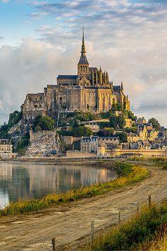 Aside from the attractions in Paris, the Mont Saint Michel is the most visited tourist attraction in France.  The massive edifice sits on its own island, and not only includes a castle, but an entire city. Read more on Avenly Lane Travel!