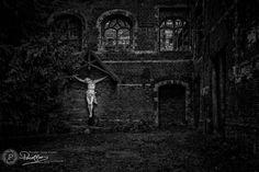 Picture Last man hanging… on Pixelfan