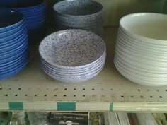 Typical wide Melamine bowls used by Amish in Adams Co., IN,which hold both solids & liquids equally well. Thus they usually don't use flat dishes. Amish House, Household Items, Dinnerware, Bowls, Dishes, Simple, Life, Flat, Country