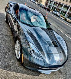 Auto lussuose famose futuristiche