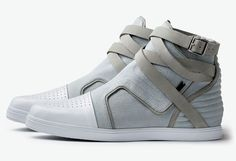 Estan caros estos Adidas, pero seguro es lo suyo @Luigi_Kilmister @rovame (via Fancy)