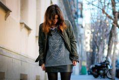 #FaldasDeCuero #LeatherSkirts #Trend #Tendencia http://fashionbloggers.pe/natalie-natal/las-faldas-de-cuero-las-amas-o-las-odias
