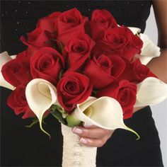 white calla lily and red rose bouquet wedding | Wholesale Roses > Red Roses & White Calla Lilies Bridesmaids Bouquet