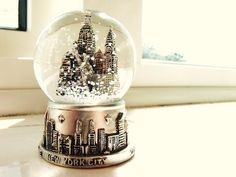 With a New York Christmas Themed Party, Pastiche pull out all the stops to recreate a magical winter wonderland. The ultimate in Christmas Party ideas. Christmas Snow Globes, New York Christmas, Christmas Themes, Christmas Stuff, Christmas Bells, Christmas 2014, New York Snow Globe, Dont Forget To Smile, Don't Forget