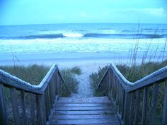 Litchfield Beach.  the ocean.  walkways leading to paradise.  perfect.