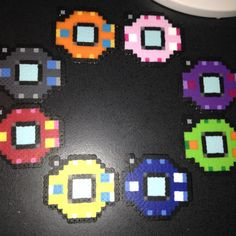 Digimon season 1 digivice perler bead by Animepixels on Etsy Perler Bead Templates, Diy Perler Beads, Perler Bead Art, Pearler Beads, Pixel Beads, Fuse Beads, Pearler Bead Patterns, Perler Patterns, Digimon Seasons