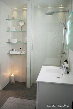 Kuistin kautta: Kylpyhuone