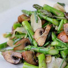 marinaded mushroom and asparagus salad