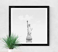 Hey, j'ai trouvé ce super article sur Etsy, chez https://www.etsy.com/be-fr/listing/490571259/photo-de-la-statue-de-la-liberte-statue