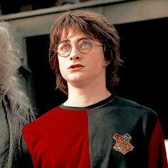 Daniel Radcliffe Harry Potter, Mundo Harry Potter, Harry Potter Icons, Slytherin Harry Potter, Harry James Potter, Harry Potter Pictures, Harry Potter Aesthetic, Harry Potter Universal, Harry Potter Characters
