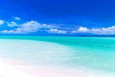 青い海に、白いビーチ!夏を存分に楽しめる、ZEKKEI編集部おすすめのビーチランキング Exotic Beaches, Tropical Beaches, Beach Pink, Ocean Beach, Beach Desktop Backgrounds, Ocean Wallpaper, Great View, Ciel, Nature Pictures