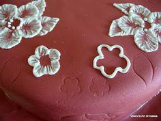 Brush embroidery cake tutorial
