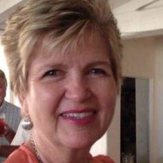 Sue Morton is a tour guide in USA : Private Guide