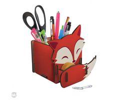 Ideal para guardar itens de escritório e escolares, como canetas, lápis, borracha, tesoura e deixar sua mesa mais bonita.