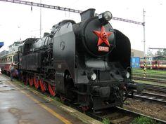 parní lokomotivy - Hledat Googlem Holland, Locomotive, Vehicles, Beautiful, The World, Montages, Parking Lot, Pictures, Belgium