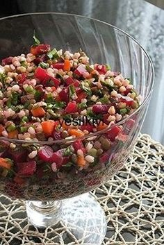 Rote Beete hier … – This is the first time I have had a salad. Beets here … – Appetizer Salads, Appetizers, Turkish Salad, Roasted Eggplant Dip, Red Beets, Roasted Corn, Turkish Recipes, Perfect Food, Yummy Food