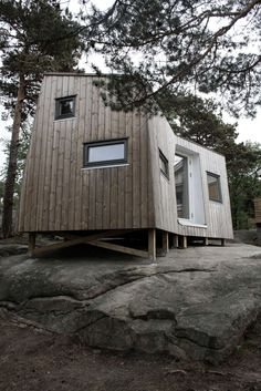 Norwegian outfit Tuvalu Arkitekter has come up with an interesting new tiny house design called the Annex. The skewed plan is intended to improve the separation between the sleeping areas on either end while still leaving plenty of space for a living area in the center. The two wings of the 160-square-foot house also serve to shelter the entryway patio from the wind, giving ...