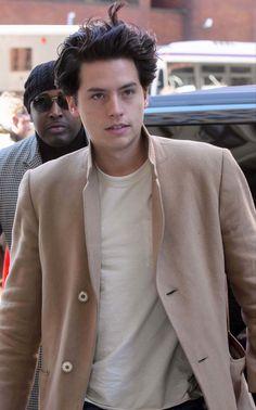 Cole Sprouse Cody, Cole Sprouse Funny, Cole Sprouse Jughead, Dylan Sprouse, Riverdale Funny, Riverdale Cast, Cole Sprouse Aesthetic, Cole Spouse, Zack Y Cody