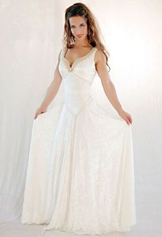 celtic dresses | Apart from the design there is another characteristic to show Celtic ...
