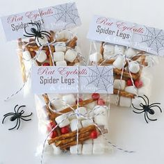 """Have kids giggling with these easy Halloween favors (kids always giggle at """"poop, right? Find the free printable for """"Rat Eyeballs, Spider Legs and Ghost Poop"""" HERE at Glorious Treats. Halloween Snacks, Spooky Halloween, Halloween Party Favors, Halloween Treat Bags, Halloween Goodies, Holidays Halloween, Halloween Crafts, Holiday Crafts, Holiday Fun"""
