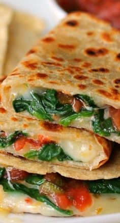 Spicy Spinach Quesadillas - Whip up a stack of these cheesy, tasty quesadillas for dinner tonight! Think Food, I Love Food, Food For Thought, Good Food, Yummy Food, Mexican Food Recipes, Vegetarian Recipes, Dinner Recipes, Cooking Recipes