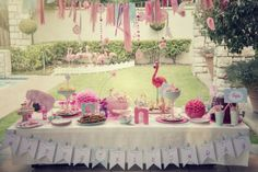 You are In Good Company: GOOD PLAN - Flamingo Party Table