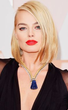 I'm posting this on my DIY folder hoping that someone will see and be inspired to create an affordable version of this gorgeous necklace. Margot Robbie stepped out on the 2015 Oscars red carpet with this vintage Van Cleef & Arpels necklace. It was created for the Duchess of Windsor, Wallis Simpson, in the '30s.