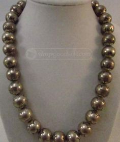 shopgoodwill.com: 116.2g Sterling Silver Navajo Pearl Necklace