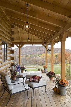 Check out our log home picture gallery from Coventry Log Homes. Cabin Porches, Farmhouse Front Porches, Craftsman Farmhouse, Craftsman Style, Log Home Decorating, Barn House Plans, Log Cabin Homes, Barn Homes, Timber House