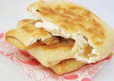 Aluat pentru placinte sarate Romanian Food, Romanian Recipes, Baking Bad, Pastry Shop, Home Food, Empanadas, Apple Pie, Bakery, Cooking Recipes