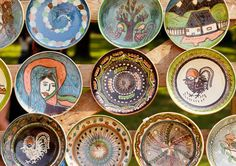 Traditional Ceramic pottery at Horezu, Romania. These would go great with your souvenir collection. Little Paris, Ceramic Pottery, Handicraft, Folk Art, Life Is Good, Fairy Tales, Tourism, Decorative Plates, Traditional