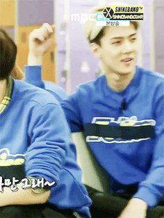 "he's like ""peasants I'm fabulous"" #EXO #Sehun #Showtime Chanyeol's face ❤️❤️"