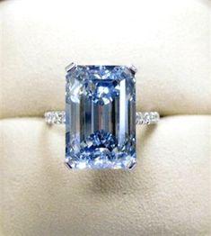8.90-carat fancy vivid blue diamond, Thomas Michaels Designers  #DiamondJewelry