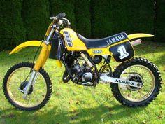 1983 Yamaha - What a great looking bike. Yamaha Motocross, Yamaha Bikes, Mx Bikes, Cool Bikes, Vintage Bikes, Vintage Motorcycles, 2 Stroke Dirt Bike, Vintage Motocross, Bike Photo