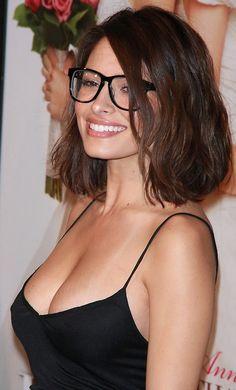 Sarah Shahi omg she's so freaking gorgeous love her cut