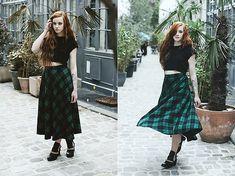 H&M Crop Top, Oasap Skirt, Modress Shoes