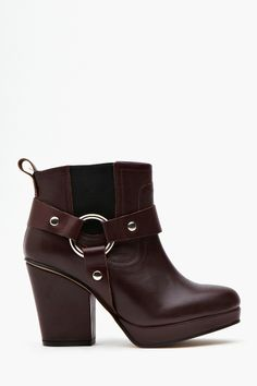 Punch Harness Boot - Oxblood