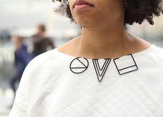 3D-printed jewellery by Maria Jennifer Carew clips onto garments