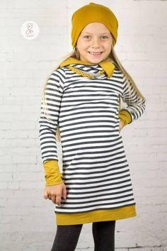 """French Terry/Sweat - """"Vintage Stripes"""" - Streifen - kombiniert mit Strickbündchen """"Luna"""" uni genäht wurde ein Kleid NIKE Kids von Fadenkäfer - Kleid - Nähen für Kinder/Mädchen - Ballonkleid - Herbst/Winter - Papierschnittmuster, eBook & Stoff - Glückpunkt."""