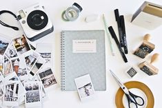 DIY- Handlettering St. Ives Travel Guide & Fuji Instax Mini 70 Giveaway #instaxyourlife | luziapimpinella.com Instax Mini 70, Scrapbook, Travel Guide, Giveaway, Diy And Crafts, Bullet Journal, Notebooks, Travel, Pictures