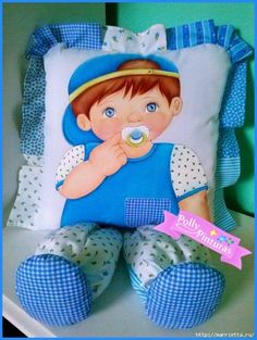 Quilt Baby, Doll Patterns, Sewing Patterns, Muñeca Diy, Sewing Crafts, Sewing Projects, Sewing Pillows, Crochet Art, Baby Bottles