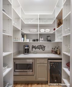 Pantry Room, Walk In Pantry, Ikea Pantry, Walkin Pantry Ideas, Pantry Diy, Custom Pantry, Built In Pantry, Pantry Closet, Pantry Makeover